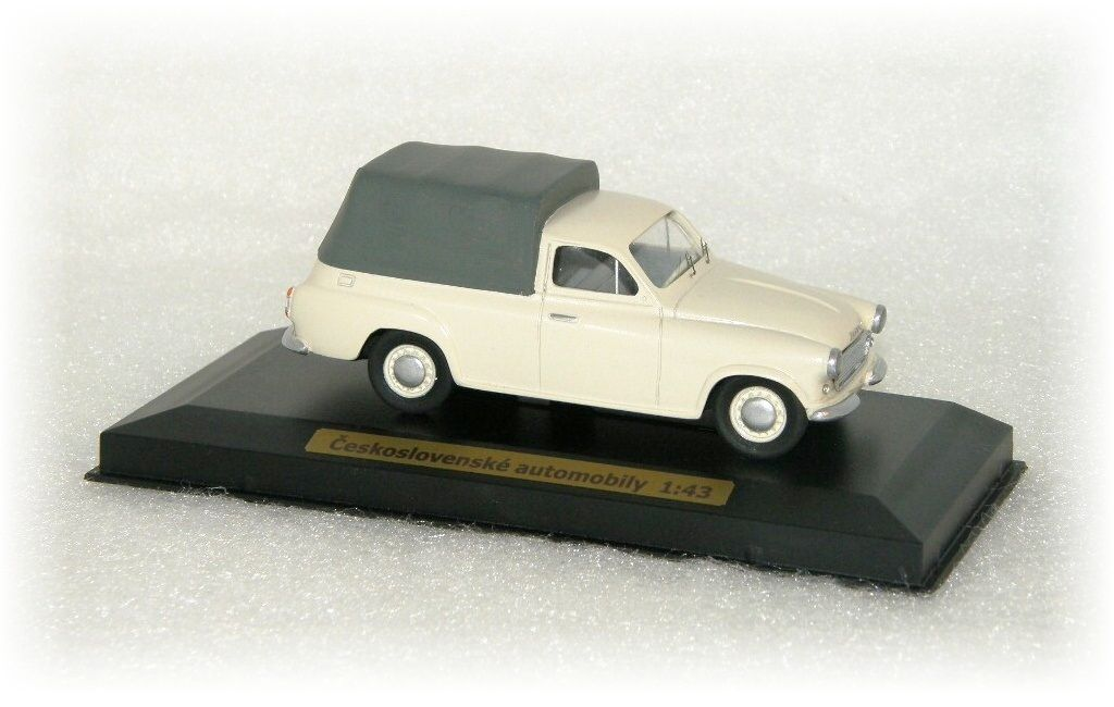 ŠKODA 1202 - pick-up s plachtou CVKP